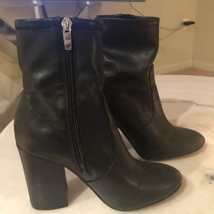 Black Leather Marc Fisher Booties (Size 7)